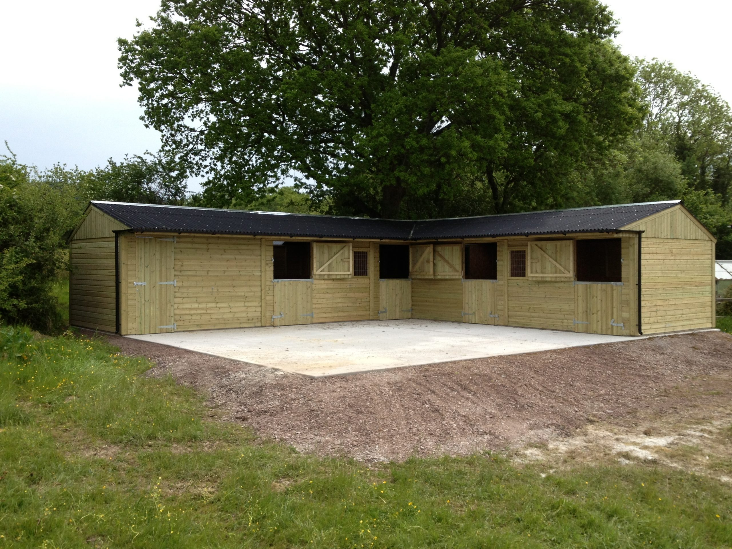 Four Stable & Tack Room 'L' Block